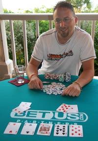Name:  CAPSB_winning_hand.jpg Views: 464 Size:  14.1 KB