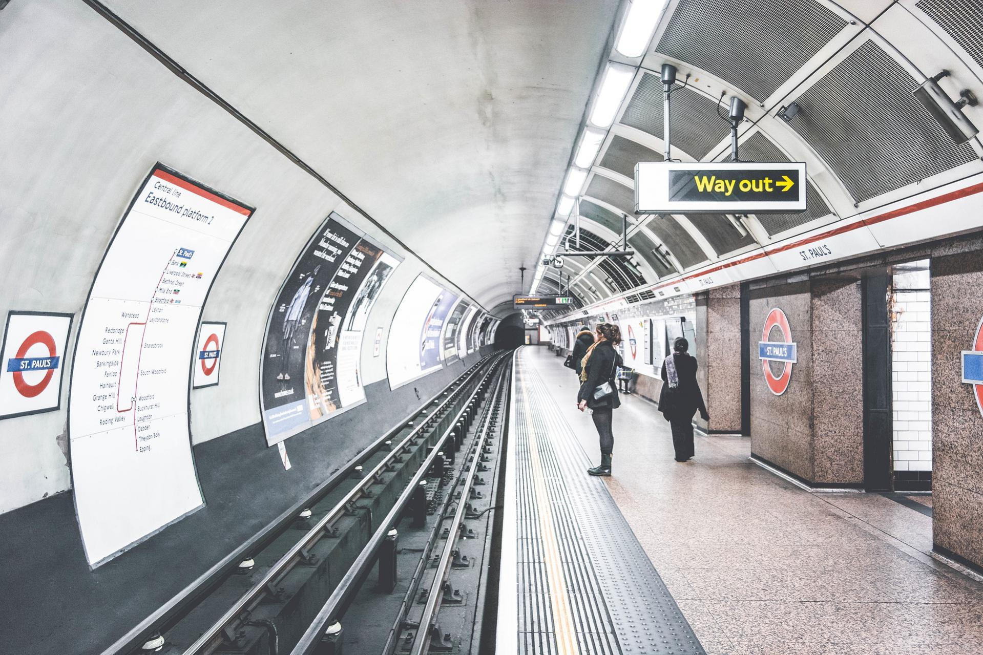 Name:  London Underground.jpg Views: 79 Size:  423.4 KB